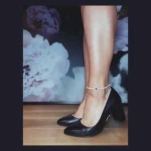 Clarks Naratives black heels